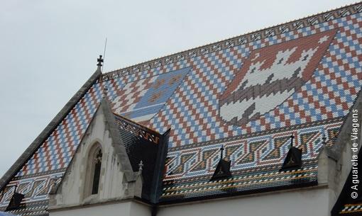 Zagreb - telhado igreja de São Marcos